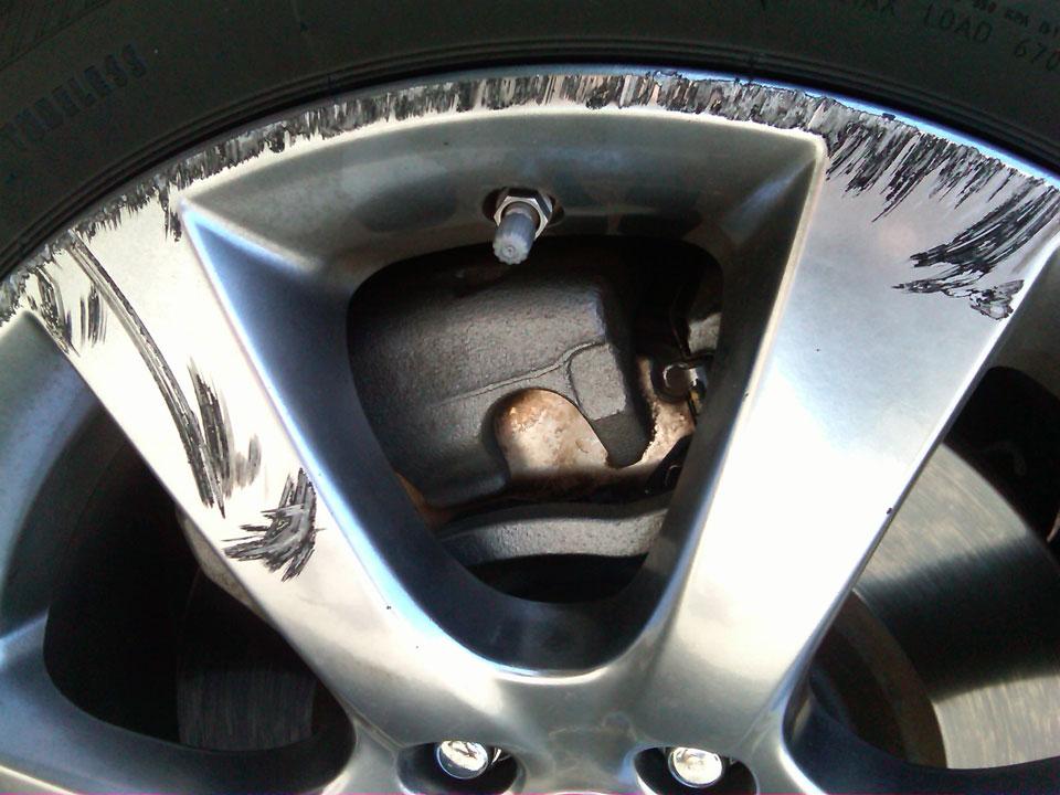avoiding_alloy_wheel_damage_-_our_guide
